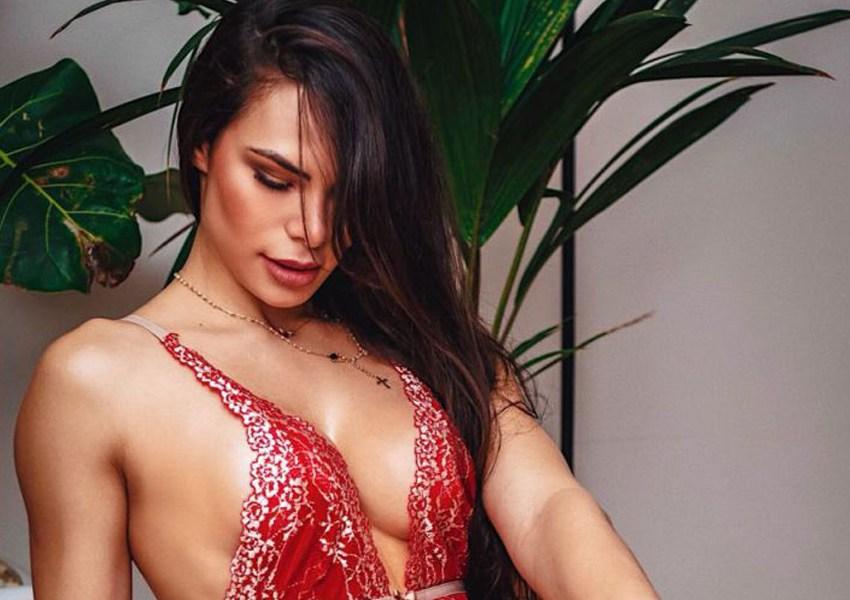 Rayssa Melo posa de lingerie e dá dica de onde achar um bom presente no Dia dos Namorados