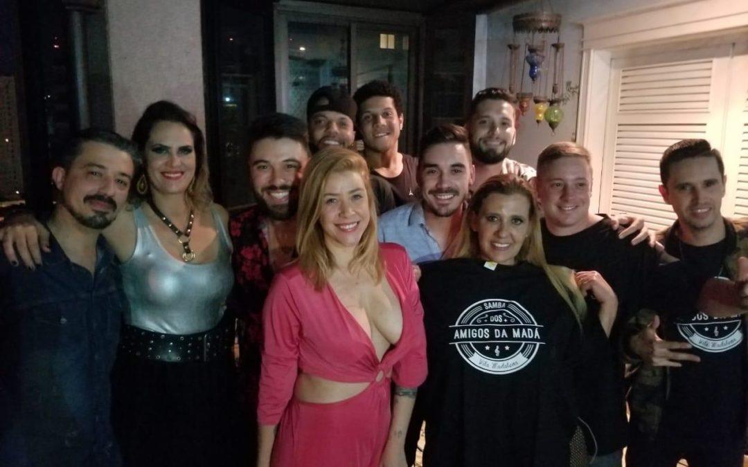 Aritana Maroni comemora 40 anos com festão em São Paulo