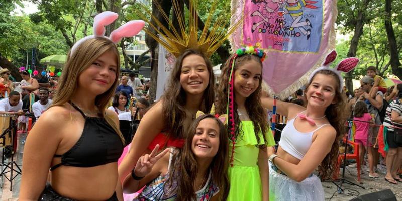 Duda Wendling, Myrella Victória, Fabiana Moneró e amigas curtem carnaval no Rio