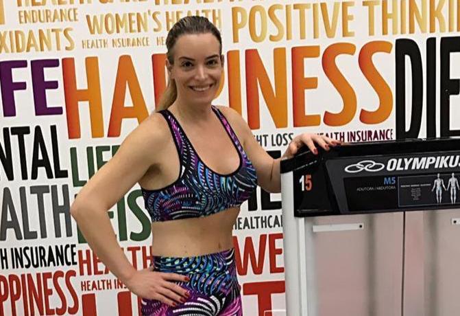 Camilla Lewin dá dicas de atividades físicas fáceis de se fazer em casa