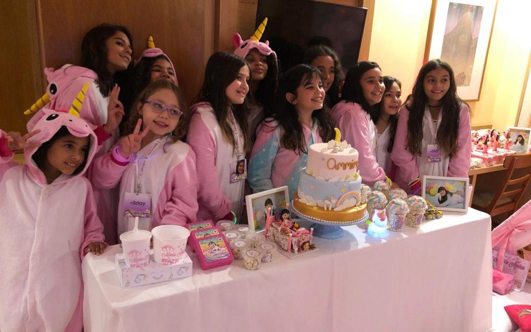 Annina Sansone reúne amigos e familiares para comemorar 10 anos!