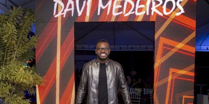 Davi Medeiros recebe famosos em sua festa de aniversário