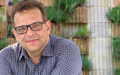"""Criador do blog de vinhos mais antigo do Brasil, Alexandre Santucci lança 2ª edição do livro """"Descomplicando o Vinho"""""""