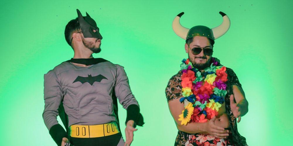 """""""Chama o Batman"""" é a nova música de Sandro e Cícero"""
