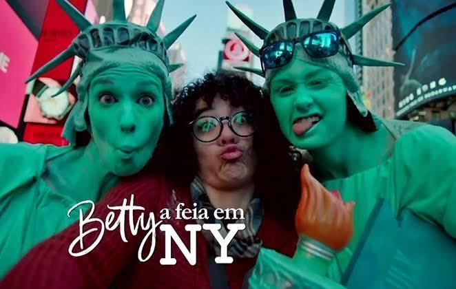 """Protagonista de """"Betty, a Feia em NY"""", Elyfer Torres virá ao Brasil"""
