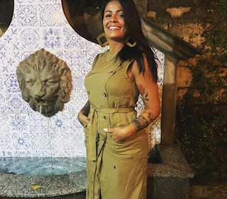 """Aline Santos   """"Salvadora dos looks"""" A Stylist    da baixada Santista que   conquistou São Paulo"""