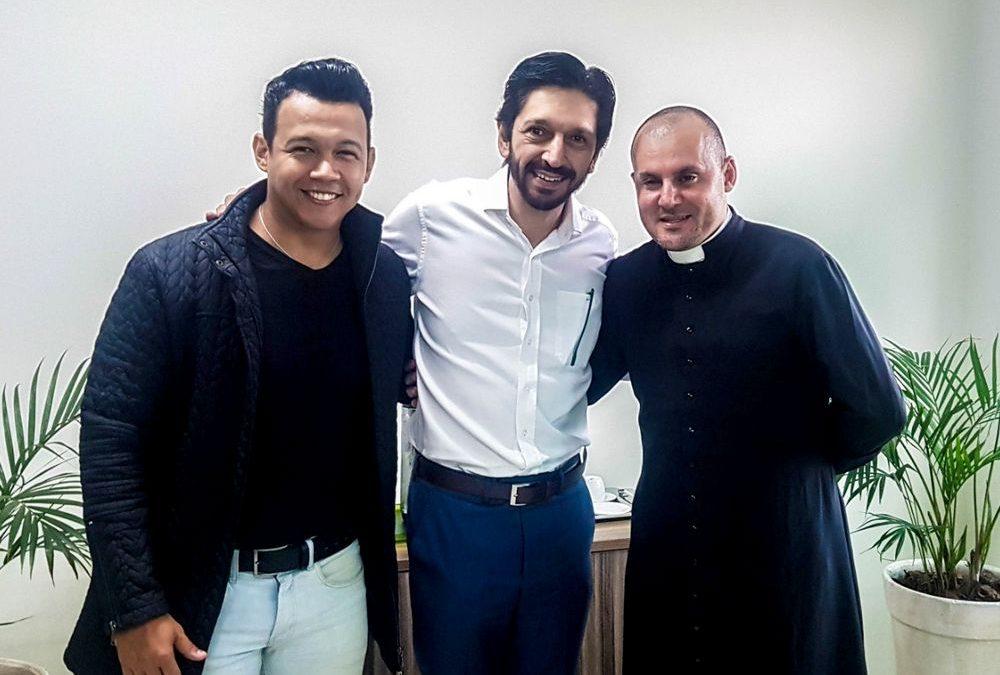 Ricardo Nunes realiza Live com o cantor Christian Moraes e o Pe Gean Medeiros