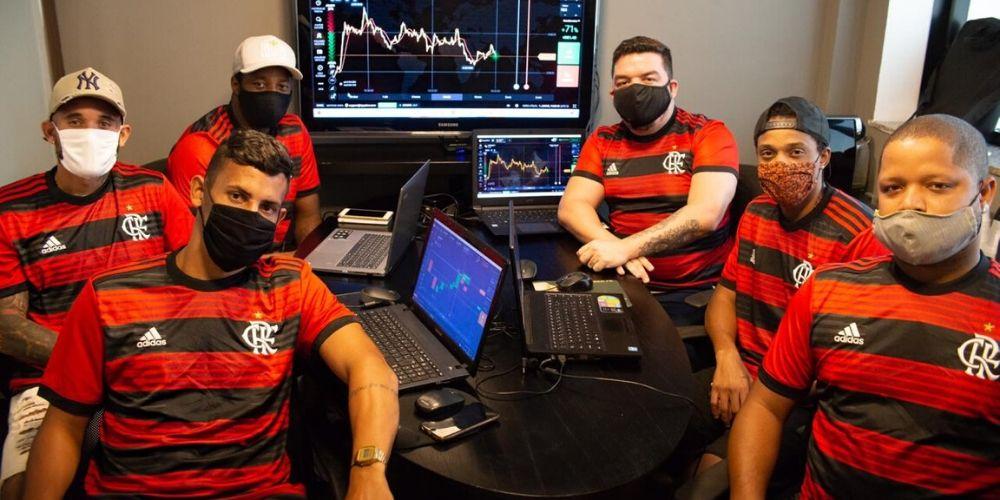 Felipe Eharaldt, gestor expert em mercado financeiro, inova com jogadores