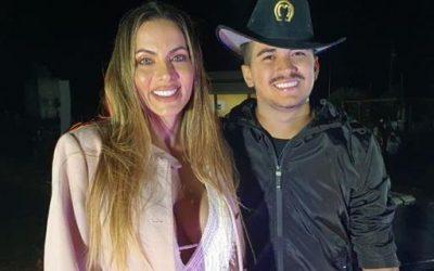 Carla Prata pode ser alçada para apresentadora oficial das lives de Gutto Soares
