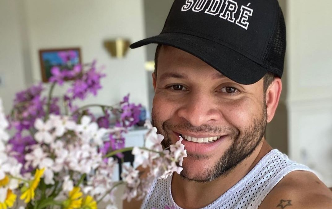 A Solidariedade do Hair Stylist Brasileiro Charles Sudre que mora nos EUA
