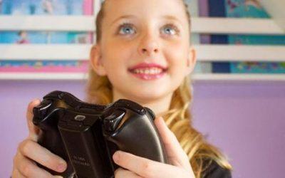 Jogos e brincadeiras online se tornam opção de entretenimento para crianças em casa
