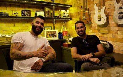 Academia do instagram é o curso de Marketing Digital do empresário Bruno Pereira em parceria com Gusttavo Lima