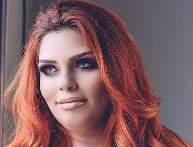 Cantora Suê Domingues vence o reality show Alpha Woman