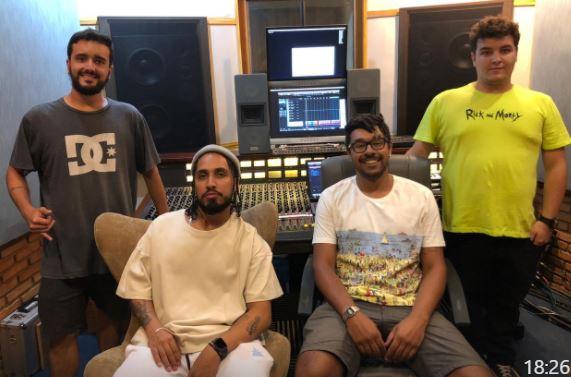 Graveto lança 'Todo Aqui' pela Sony Music