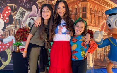 """Monique Elias leva """"Um Sonho Encantado"""" para crianças quilombolas no Rio de Janeiro."""