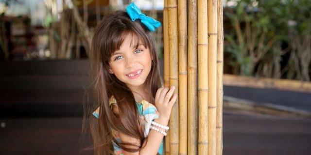 Modelo mirim, Sophia Braz, é embaixadora da marca Melancia Brasil Kids
