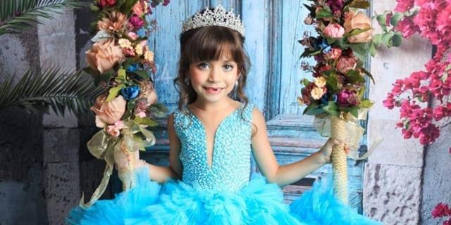 Mini Miss, Sophia Braz, faz parceria com a luxuosa Pin Vestidos