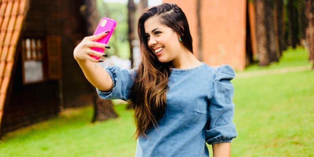 A Youtuber e Influenciadora Digital, Gisele Bandeira lança o curso: Formação Influencer