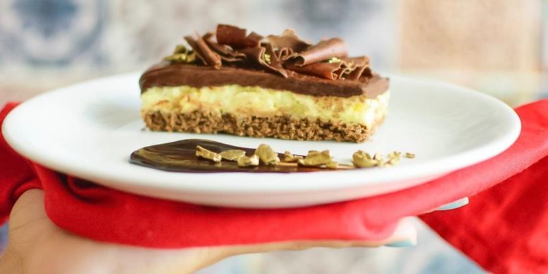Chef Mirian Rocha ensina uma deliciosa receita de Torta de Chocolate  com Maracujá em  Camadas