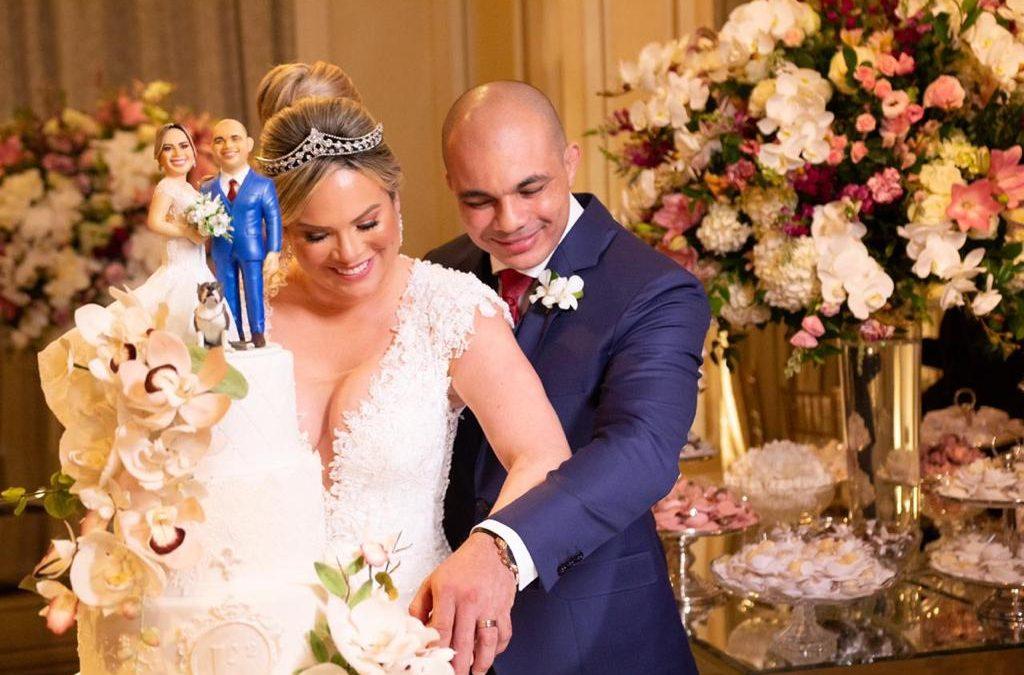 Jovens empresários que trabalhavam no subúrbio como ambulantes, se casam no luxuoso Copacabana Palace