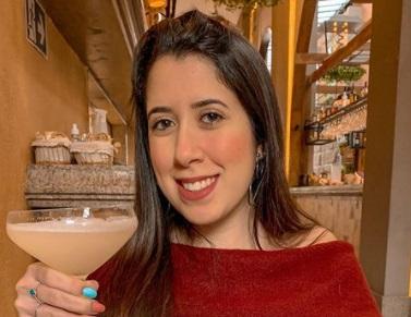 Nicolly Fraga alia a vida de influenciadora e futura nutricionista