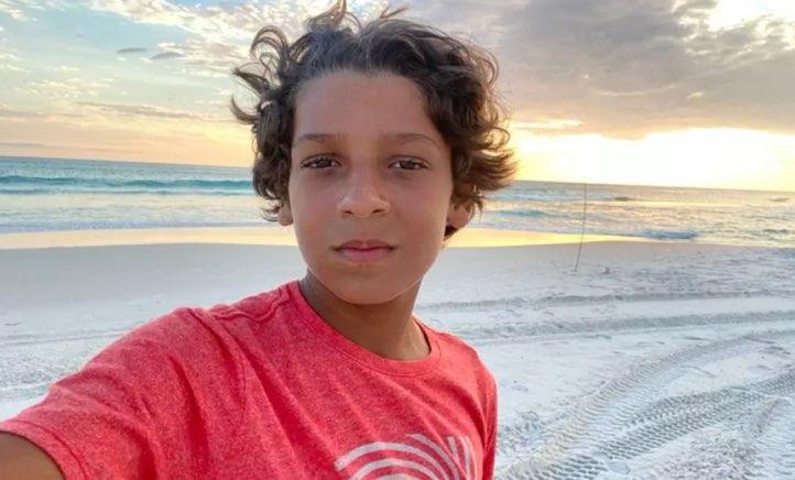 De férias, João Guilherme Fonseca divide fotos de viagem a Arraial do Cabo