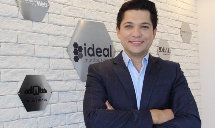 Jose Paulo Ferreira apresenta o futuro dos negócios com o conceito de Empresa Versalista