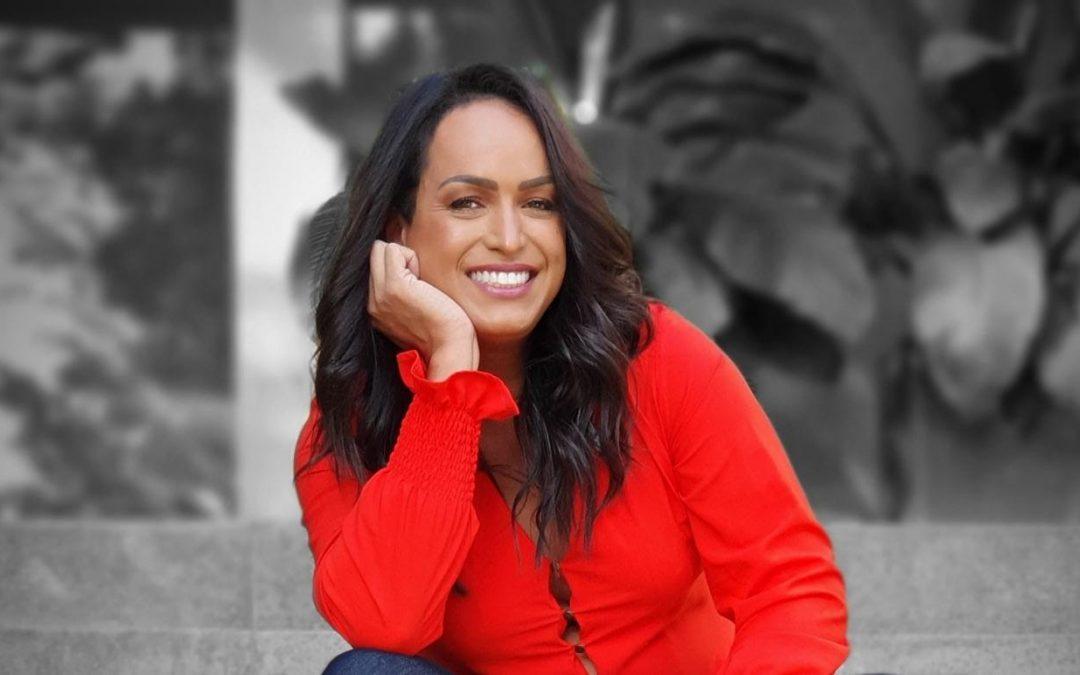 Famosos Fazem Campanha Para A Repórter Lisa Gomes Ser A Nova Apresentadora Do TV Fama