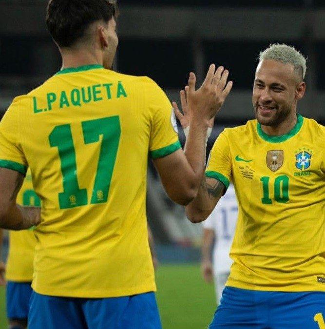 Neymar e Lucas Paqueta comemoram Gol com o hit 'Dancinha de Cria' produzido pela Carreira Funk