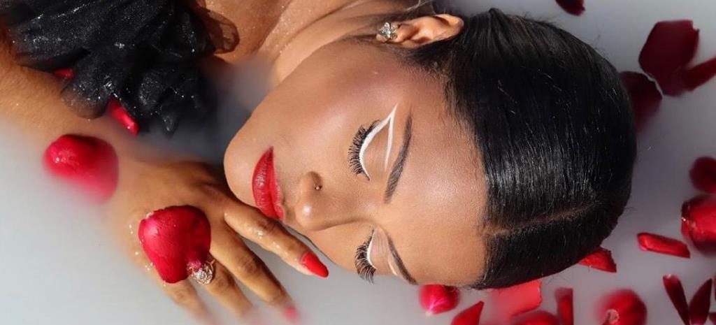 Michelle Pandora se revela CEO da Vegas Makeup e traz a tona nova identidade de luxo acessível