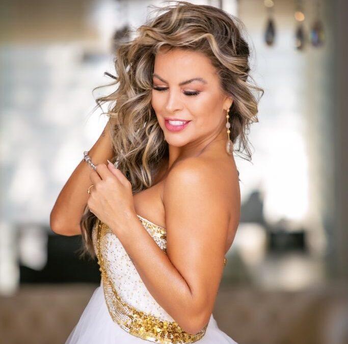 Dayse Brucieri e Miss World e  também  será anfitriã e madrinha do concurso Miss Bela do Brasil